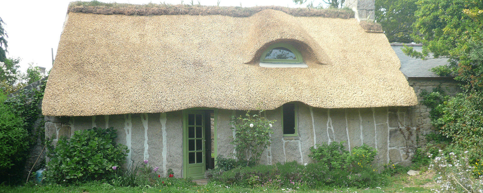The thatched house of Kerochet