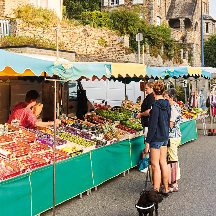 Les marchés de Concarneau à Pont-Aven, les halles