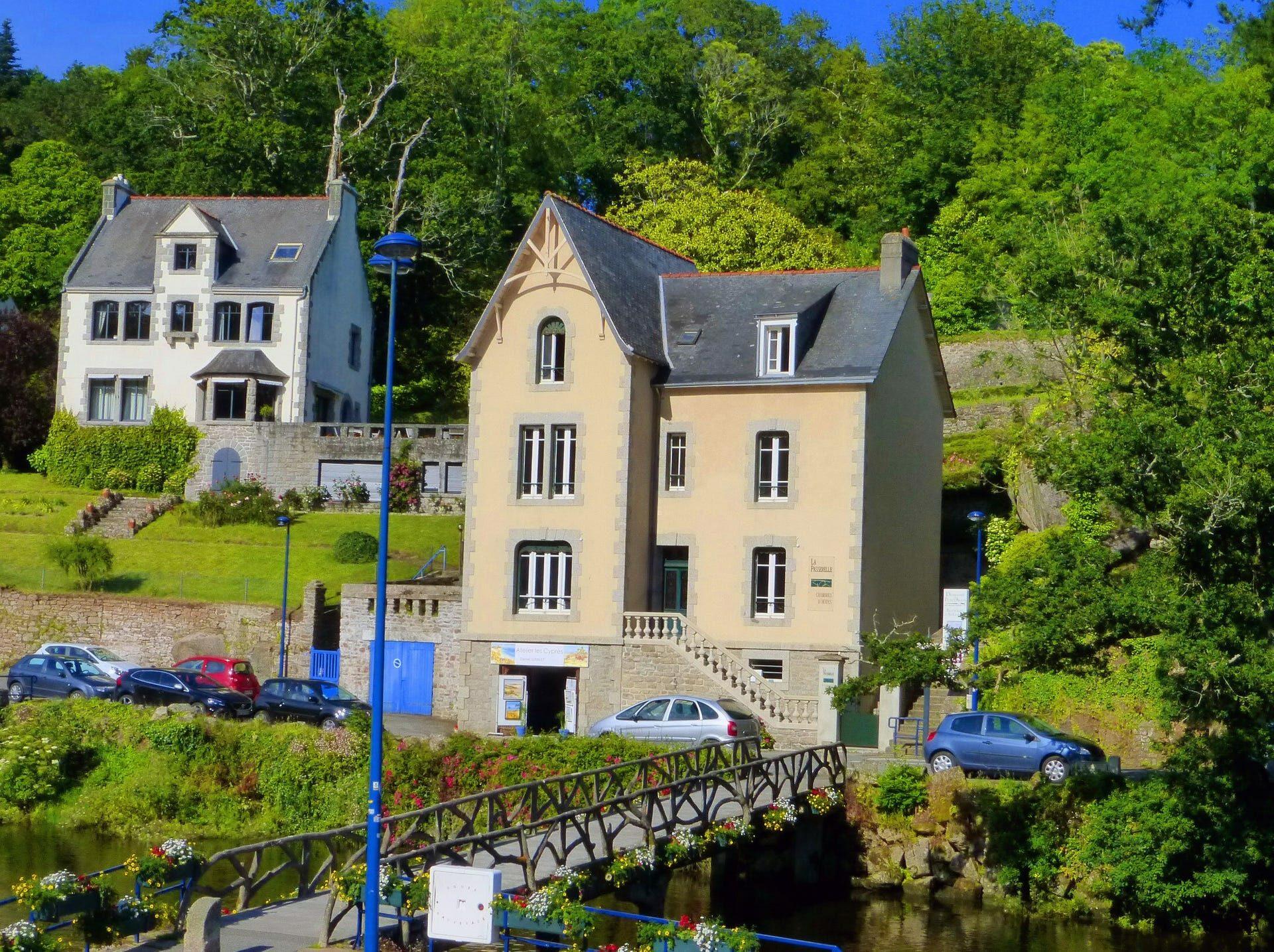«La Passerelle de Pont-Aven» Yves Bigot